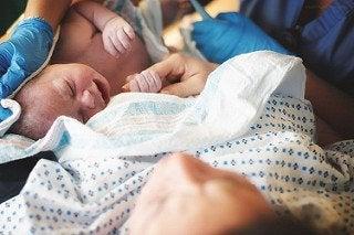 Merkkejä siitä, että synnytys on alkamassa.