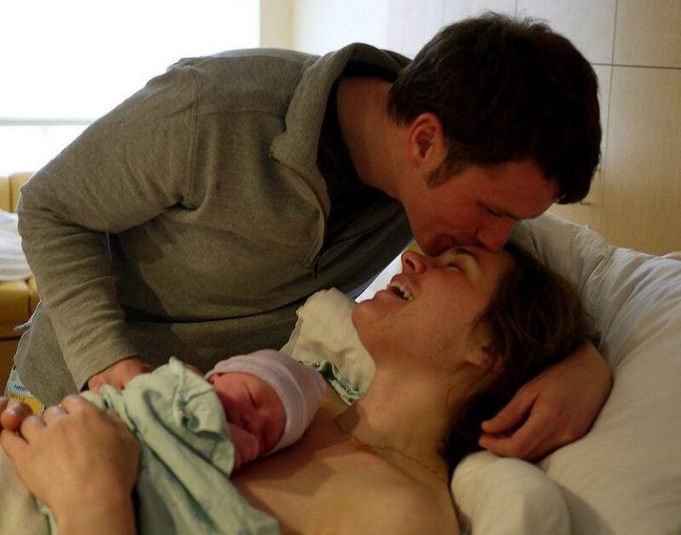 Onko sektio vai luonnollinen synnytys parempi?