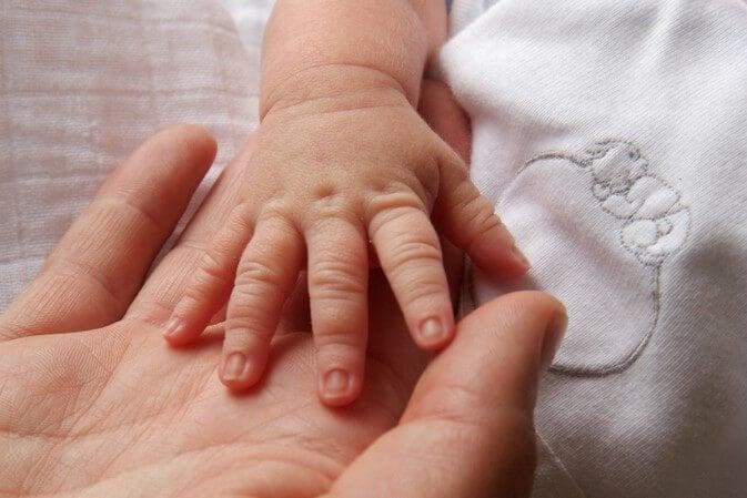 Kun kumppani ei arvosta äitiyslomaa ja lapsenhoidon vaatimaa työtä