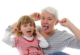 Nykyajan isoäidit murtavat perinteisiä käsityksiä isoäideistä.