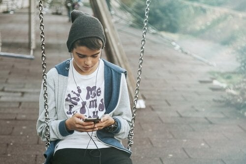 lapset ja teknologia