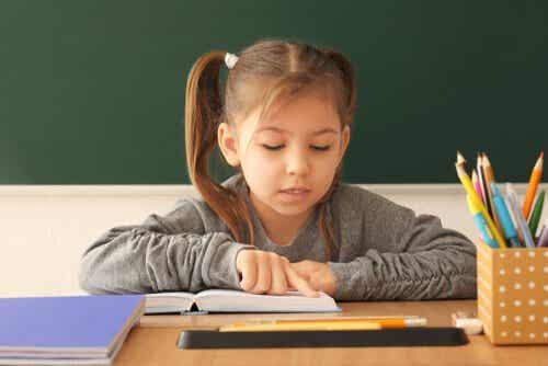 7 hyvää harjoitetta lukemisen opetteluun