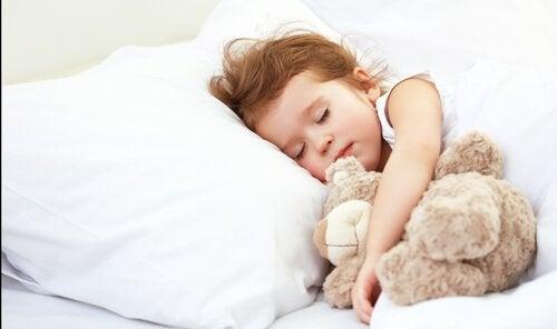 Lapsen unentarve eri vaiheissa