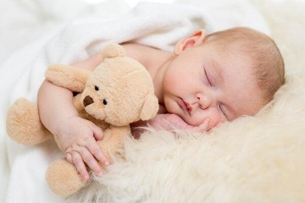 vauvan uni