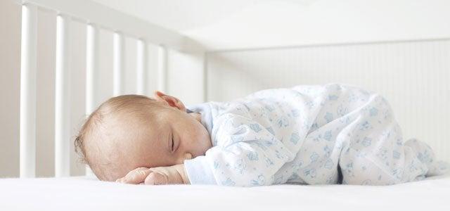 vauvan nukuttaminen