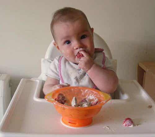 Vauvan ruokavalion laajentaminen