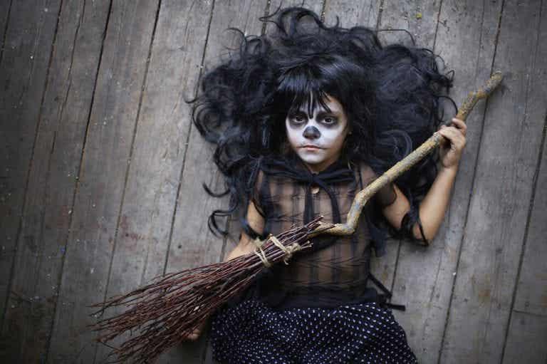 Parhaat halloween-kasvomaalaukset lapsille
