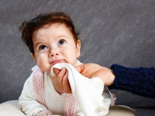 Vauvan pulauttelu lakkaa kun vauva kasvaa