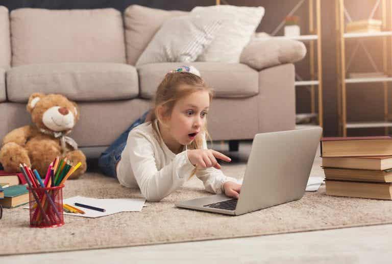 Kaksikielisten lasten kasvattaminen - vinkit ja hyödyt