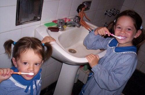 Rutiinit ovat tärkeitä lapsen kasvatuksessa