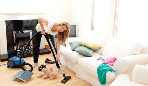Ajanhallintavinkkejä sotkuisen kodin välttämiseksi
