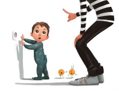 Pidä lapset erossa pistokkeista