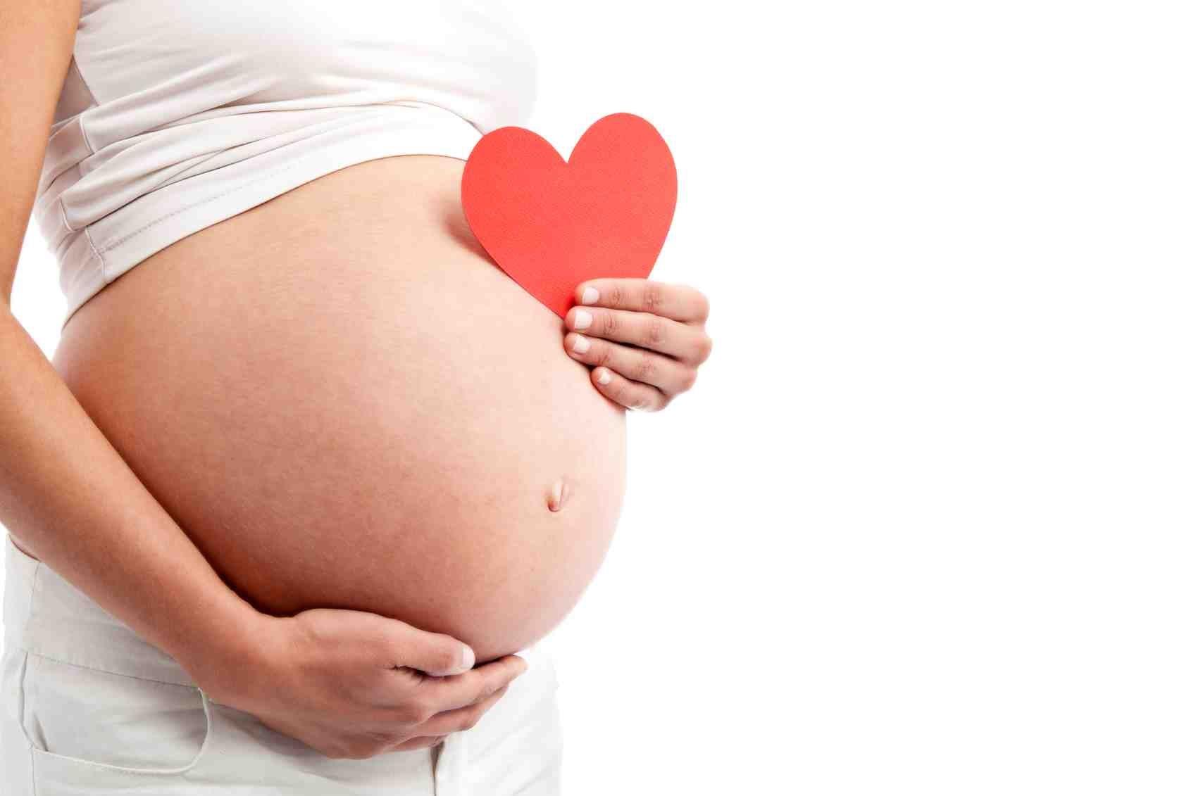 Äidinrakkaus ja äidinvaisto – ihmeellinen ja selittämätön voima