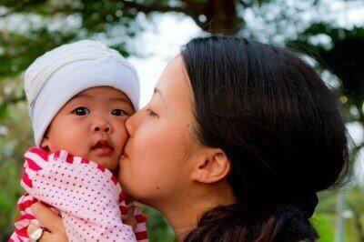 Mitä äidiksi ensi kertaa tulevien pitäisi tietää?