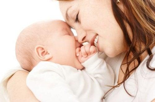 Vauvan tuoksu luo ainutlaatuisen yhteyden