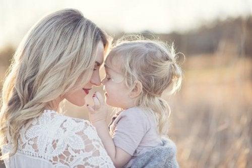 Äitiys on lahja