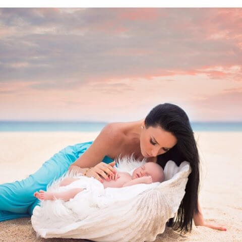 Lapsi on äidin kaunein taideteos