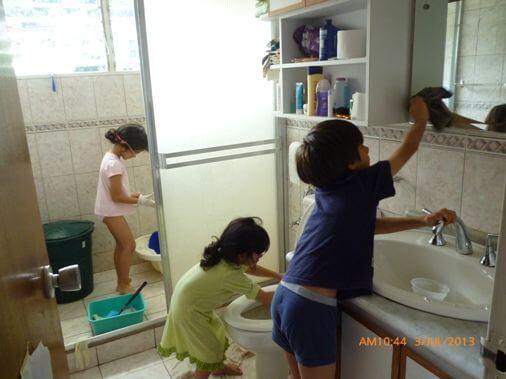 Opeta lapsesi hoitamaan kotityöt vastuullisesti