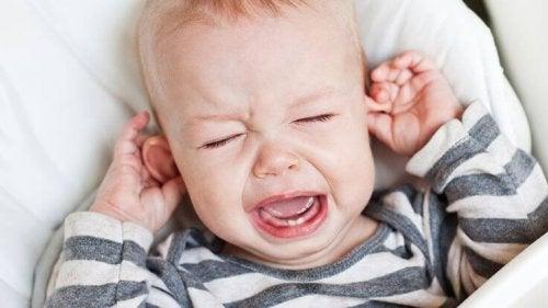 Ravistellun vauvan oireyhtymä