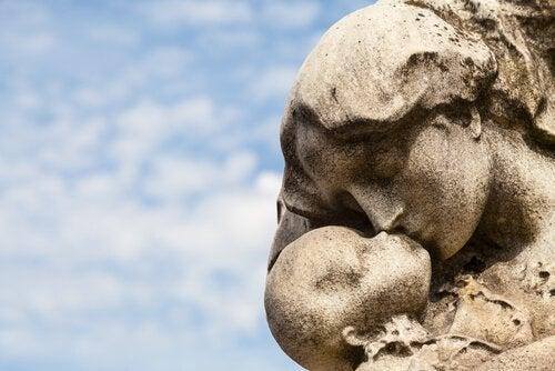 Kohtukuolema ja perinataalinen suru