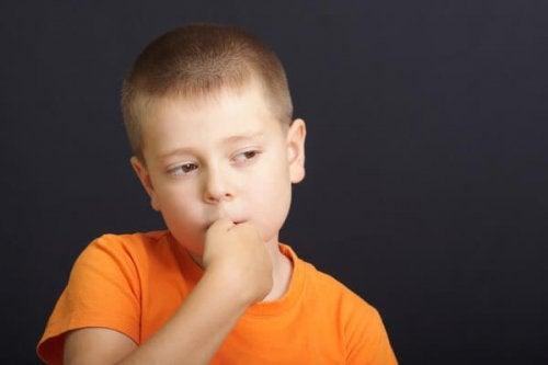 Voiko peukalon imeminen tehdä hyvää lapsen terveydelle?