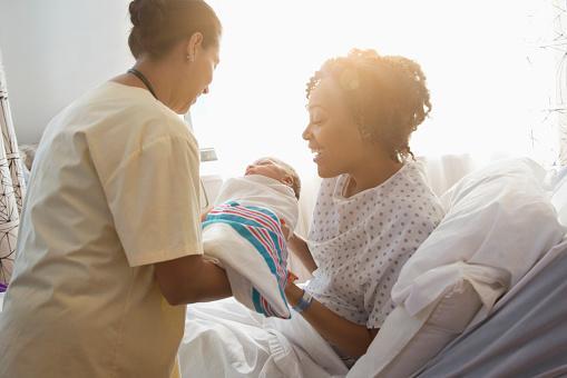 Synnytys tapahtuu yleensä sairaalassa