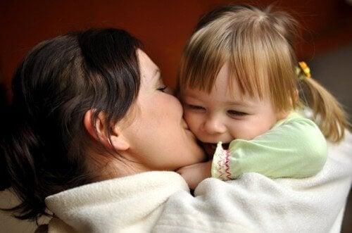 6 merkkiä siitä, että lapsi ei saa tarpeeksi huomiota kotona