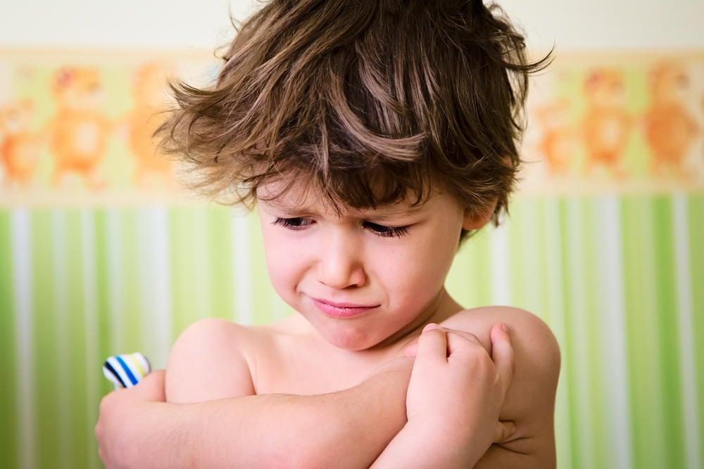 Mitä sanoa kiukuttelevalle lapselle kiukunpuuskan aikana?