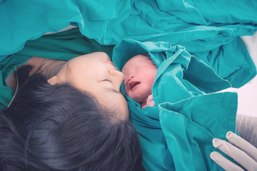 Äitien synnytyksessä kokema kipu