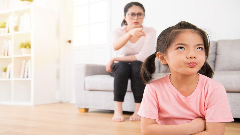 Voit kasvattaa lapsesta menestyvän olemalla vaativa äiti