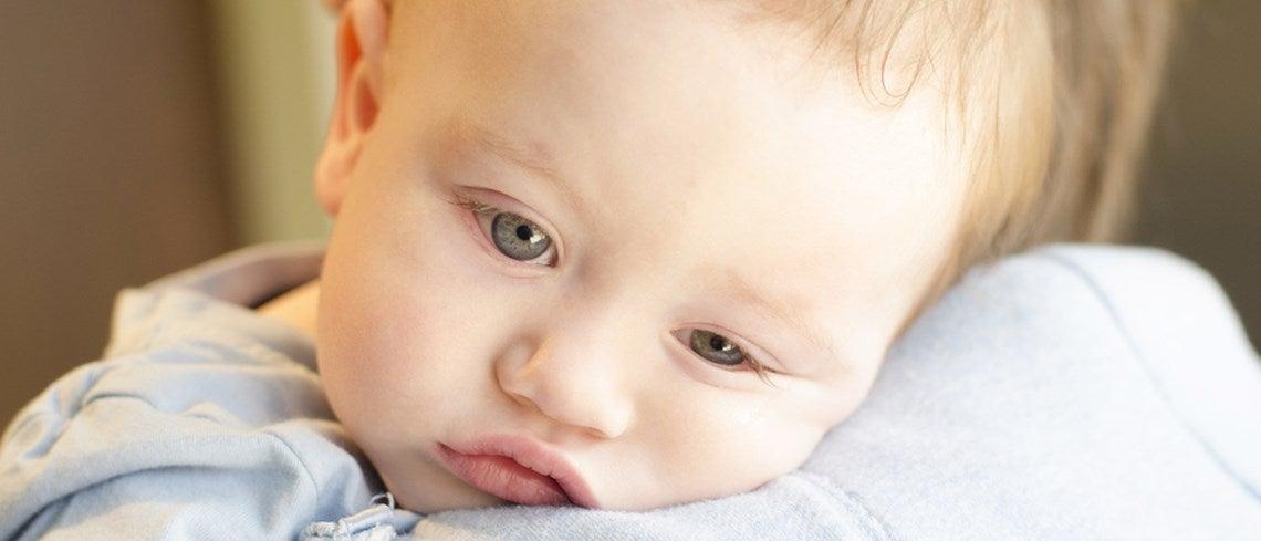 Vauvan kuumeen alentaminen – 9 vinkkiä kokeiltavaksi