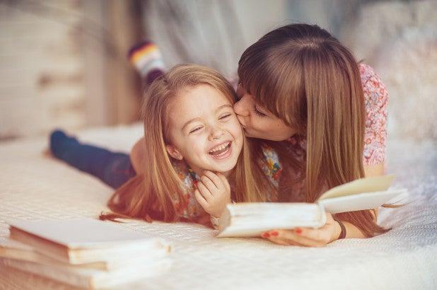 Yksinhuoltajaäiti voi antaa lapsensa elämälle ihan yhtä hyvän alun, kuin kuka tahansa muukin vanhempi
