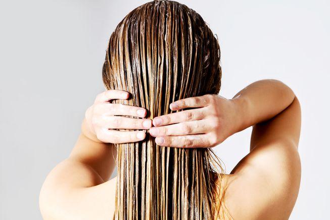 Nopeat kauneusrutiinit - tunnista hiustyyppisi ja opi käsittelemään hiuksiasi