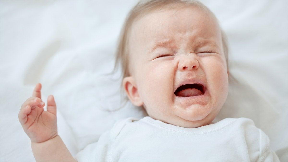 Kun vauva ei nuku, se saattaa uuvuttaa vanhempia ja myös turhauttaa heitä.