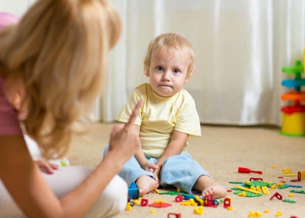 Opettele kieltämään lasta positiivisella tavalla
