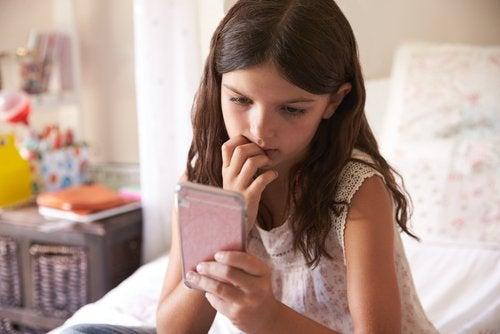 Lapsen teknologian käytön rajoittaminen ja 3-6-9-12-sääntö