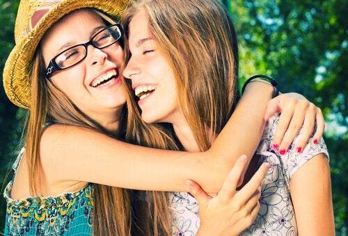5 asiaa, joista jokaisen vanhemman tulee puhua teinin kanssa