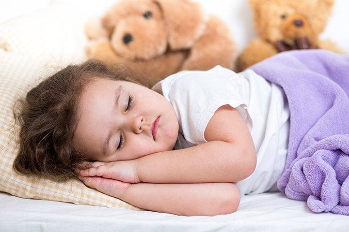 Pinnasängystä omaan sänkyyn ilman kyyneleitä