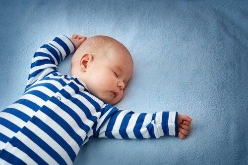 Mikä on vauvan niskaheijaste?