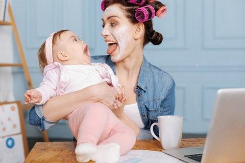 3 tapaa pitää vauva viihdytettynä