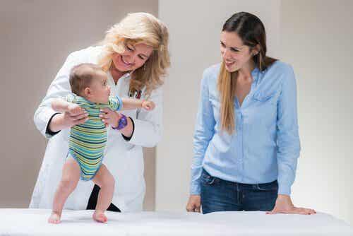 Mikä on vauvan laskuvarjoheijaste?