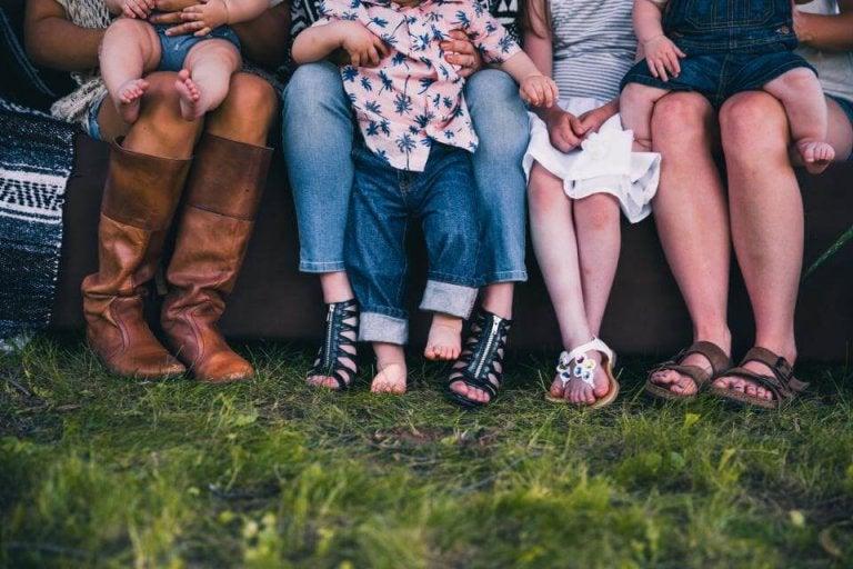 Äitiys ei pilaa ystävyyssuhteita