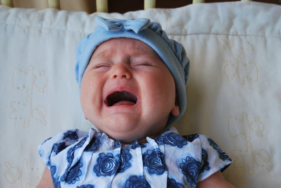 Vauvan herpangiina: Syyt, oireet ja hoito