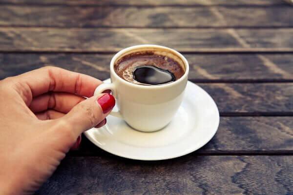 Kofeiinin vaikutus vauvaan imetysaikana