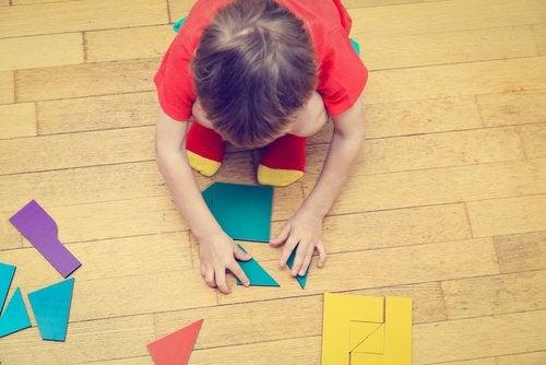 7 harjoitusta, jotka kohentavat lapsen keskittymiskykyä