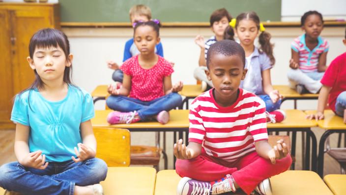 Meditointi luokkahuoneessa - edut ja hyödyt