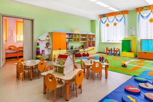 Montessoripedagogiikka apuna luokkahuoneen järjestämisessä