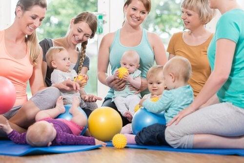 Vauvan kehitystä edistävät leikkimatot
