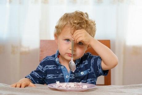Kuinka toimia, jos lapsi on alipainoinen?