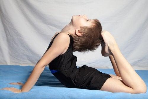 Rytmisen voimistelun hyödyt lapselle